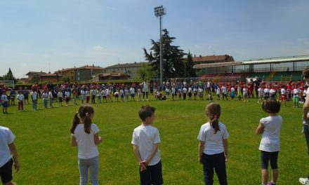 """I bambini delle elementari """"vincono insieme"""" al meeting dello sport"""