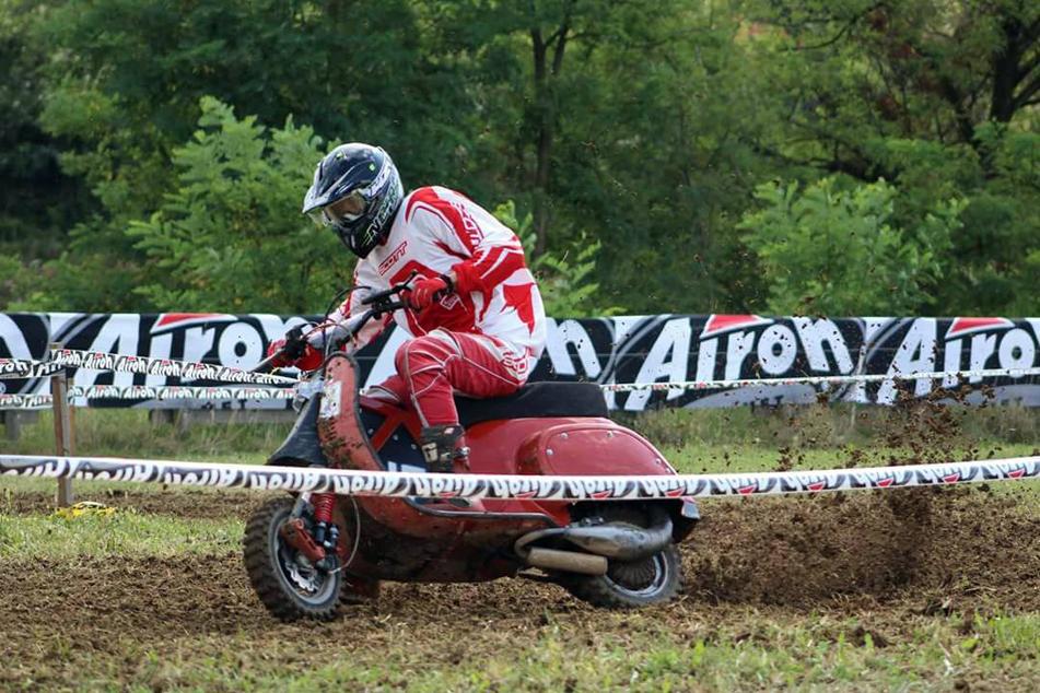 Alfio Merelli, di Orezzo, è campione italiano di vespa cross