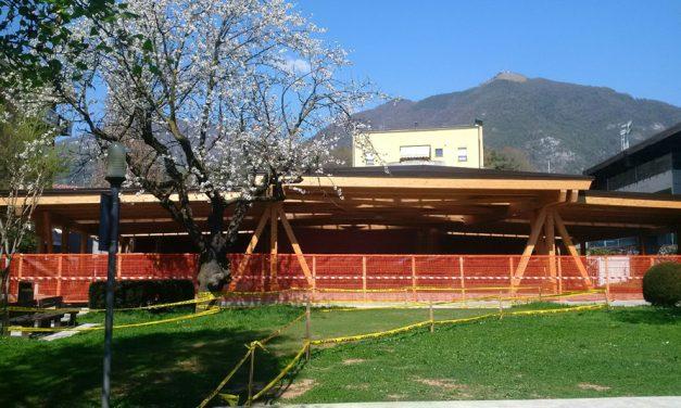 """Realizzata la struttura in legno a copertura dell'area """"Sport e Spettacoli"""" del Parco Alessandri"""