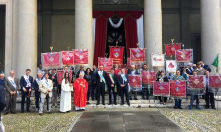 Premiati i donatori benemeriti in occasione della festa per il 65° anniversario di fondazione delle locale sezione AVIS