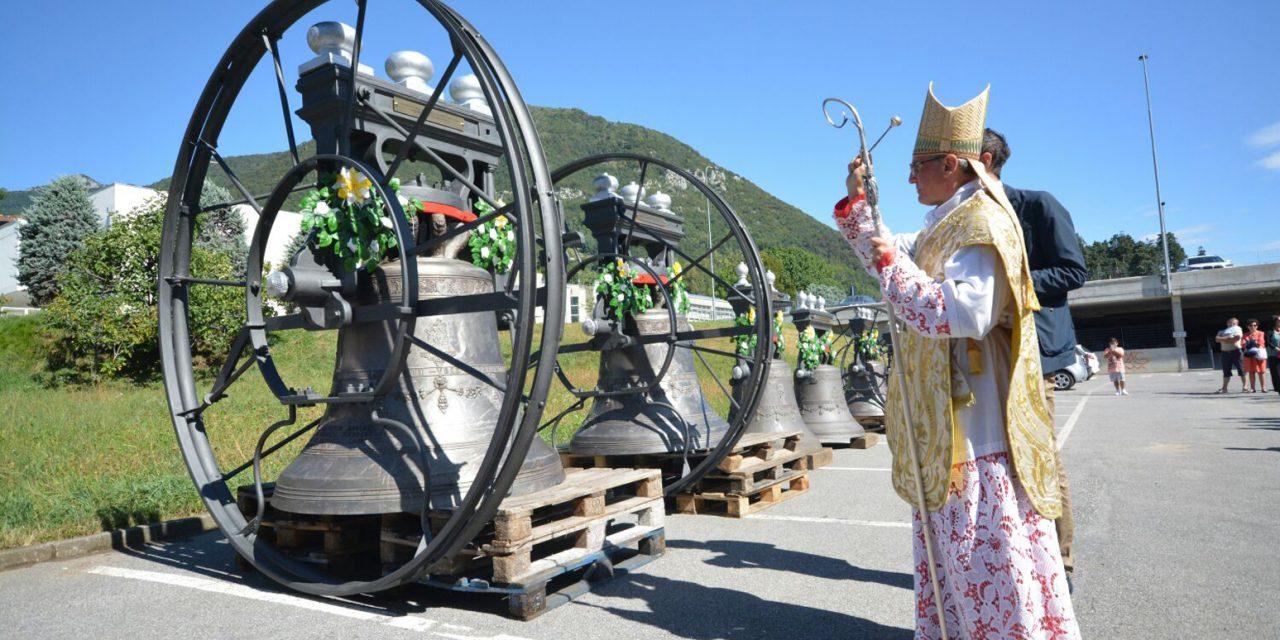 Benedette le rinnovate campane del campanile di San Pietro, a Desenzano