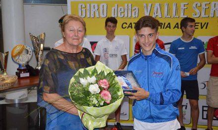 Davide Persico vince il Piccolo Giro della Val Seriana di Albino
