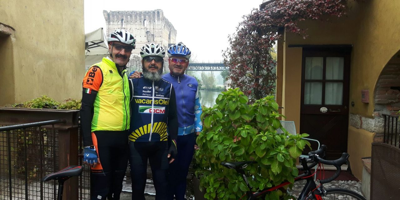 """Tre carabinieri sulla pista ciclabile """"Peschiera–Mantova"""""""