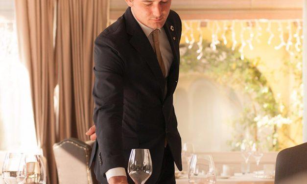 Enrico Guarnieri è il miglior cameriere del Nord Italia