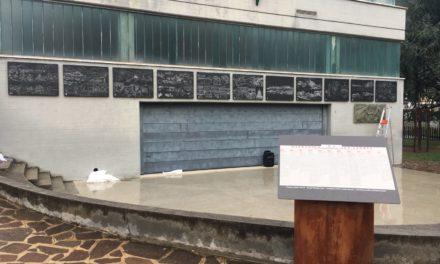 La locale sezione del CAI colloca in biblioteca i pannelli sulla storia del paese