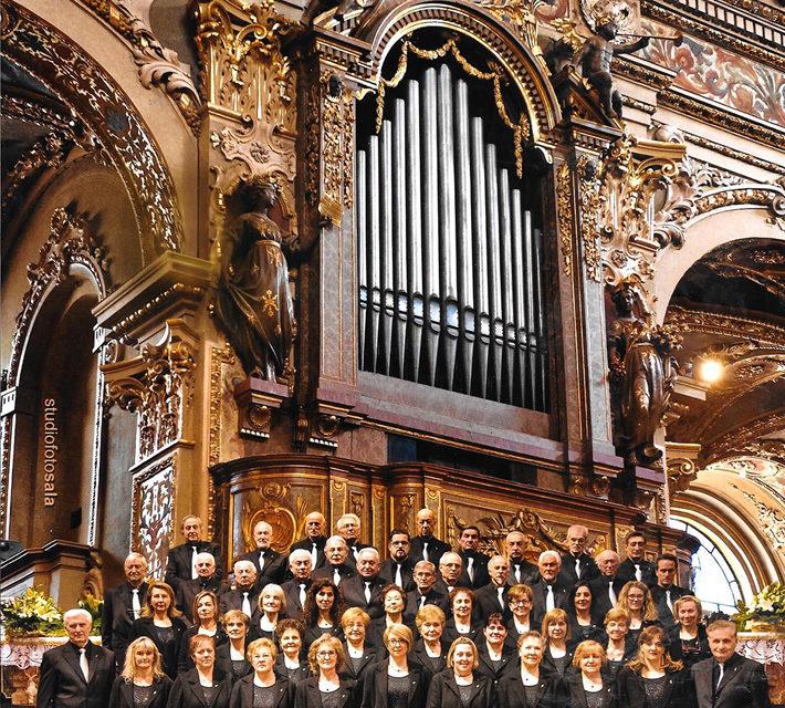 Il concerto di Natale tra consensi e applausi