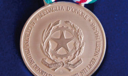 """Anche un soldato di Cene, caduto a Cefalonia, fra le Medaglie d'Onore consegnate nel """"Giorno della Memoria"""""""