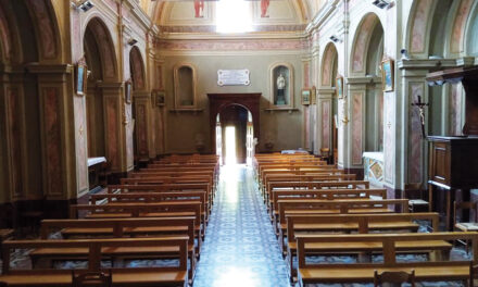 Nuovi banchi per la chiesa parrocchiale di San Bernardino
